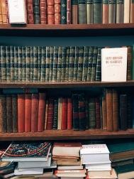 bookstore in 9e arrondissement