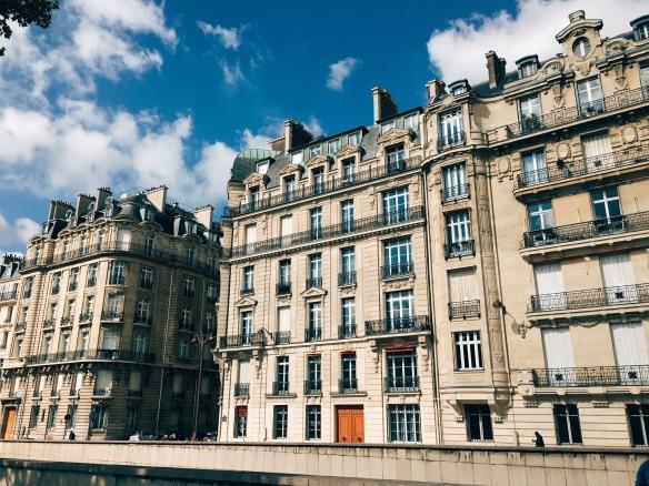 16e arrondissement by the Seine