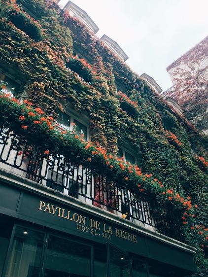 Hôtel Pavillon de la Reine