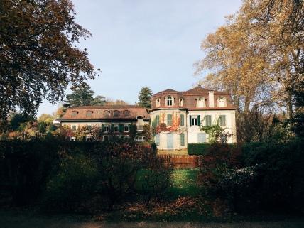 mansion in Prégny