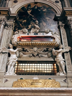 floating tomb in San Zaccaria