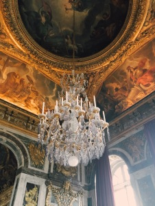 ceiling and chandelier of the Hall of Mirrors
